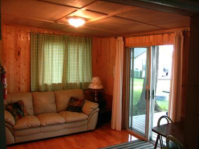 inside_cottage_7livingroom.jpg